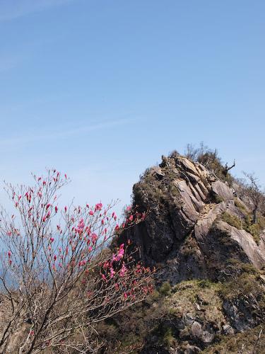市房山、二つ岩の手前